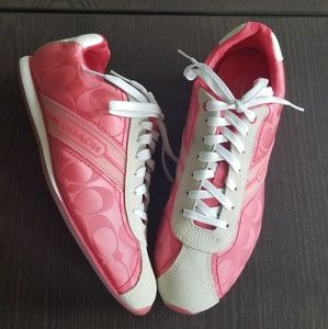 COACH Signature Meredith Pink/White Suede